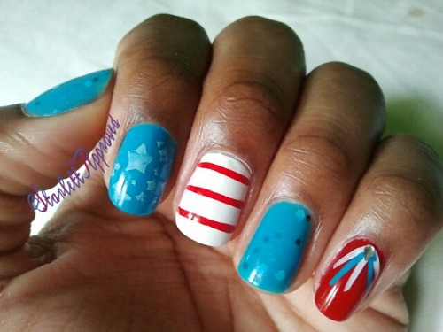 Happy Independence Day Everybody!!! I cut my nails last night, gonna keep em short and squoval from now on.  Redid the same design but with a lighter blue and Seuss!! :-)