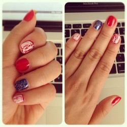 manders takes on #4thofthejuly #nails 💅☺ #unitedstates #independence #day 🇺🇸🎉 (Taken with Instagram)