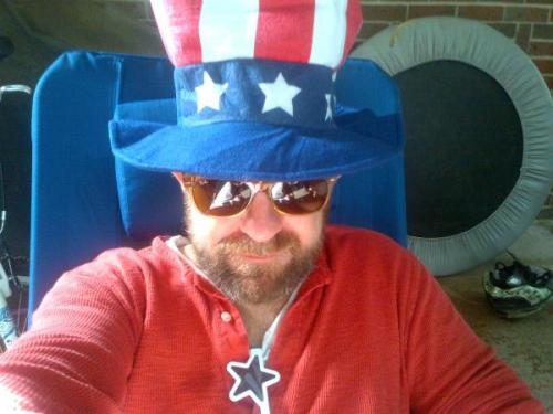 Kristian Bush ‏@kristianbush Happy 4th of July! Here's to freedom. Loading up for the parade with my hat and my Funkadelic playlist…