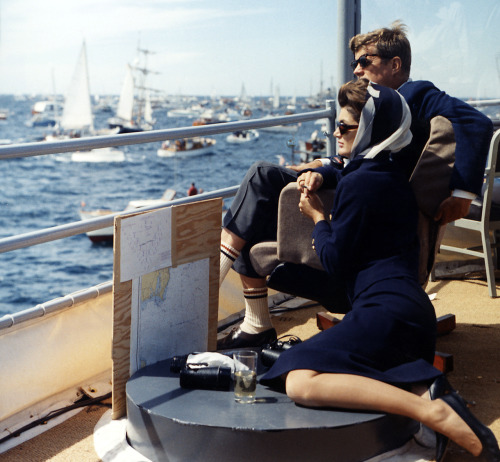lylaandblu:  The Kennedys watching the Americas Cup, 1962