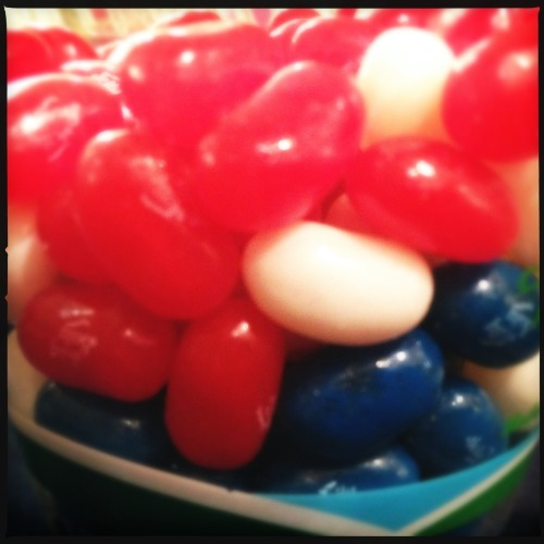 #July4 jelly-beans @USNatArchives… #tastytreats #HappyAmericaDay Loftus Lens, DC Film, No Flash, Taken with Hipstamatic