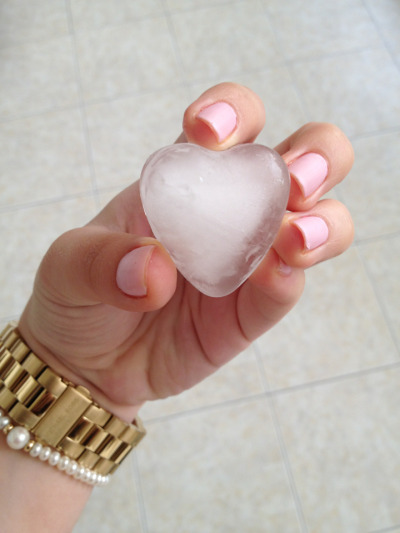 bl-ossomed:  i really want to make heart ice omg