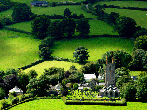 Widecombe-in-the-Moor, Dartmoor, England photo via travelthis
