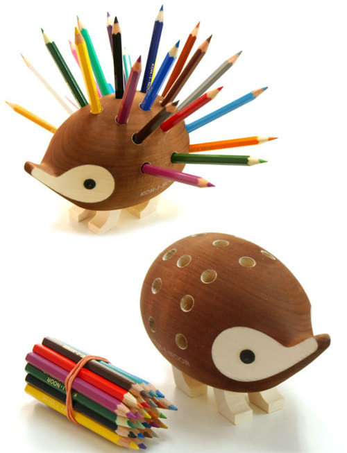 jaymug:  Hedgehog Pencil Holder