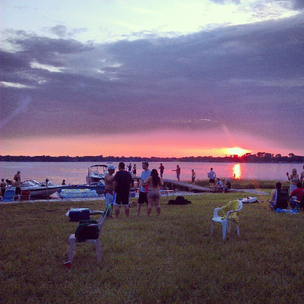 #4thofjuly #lake #party #celebration #orlando  (Taken with Instagram)