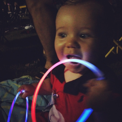 Can't watch fireworks without glow sticks!