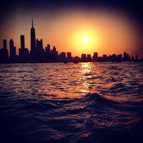 teddywaffles:  #chicago #skyline #sunset #lake #water (Taken with Instagram)