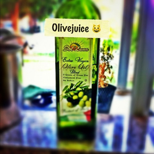 To @mavesa_90, cause Olivejuice a lot. #iphone4 #iphoneonly #instagramhub #iphonography #iphoneography #iphotography #instagram #instagramers #instadaily #instagood #instag #ig #igers #igdaily #igCalifornia #ca #california #cali #socals #iphonephotography #photography #jj #instagood #teamiphone #olivejuice (Taken with Instagram)