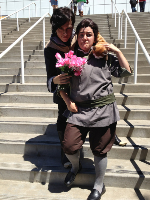 did-you-reboot:  terracanta:  Found an awesome Tahno cosplayer. Crack pairing ensued at AX. I was trying really hard not to crack up!  OTP, YO