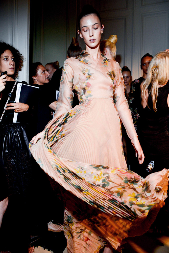 Backstage Valentino Haute Couture Fall 2012