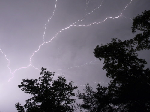 I decided to try lightning photography tonight. Turned out pretty well, I'd say.