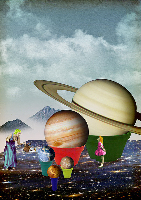 tsulakidi:  Planted Planets by Toshiaki Uchida on Flickr.