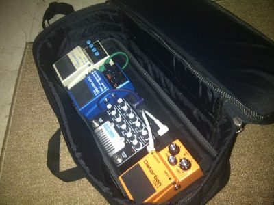 Pedalgazer Grab-n-Go user — Dipo Rangga, Gigantor's guitarist:  Simple bag for simple fx chain.. Kewl