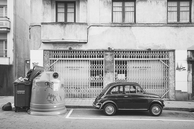 untitled on Flickr.Via Flickr: Garbage bins and FIat 500 on a street in Porto