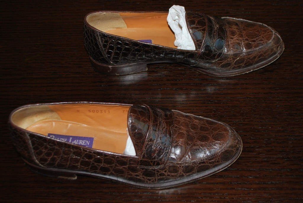 Women's Genuine Crocodile loafers on eBay. Size 7.5. This is THE STEAL of the century and someone oughta buy 'em. Right now. Here's the link