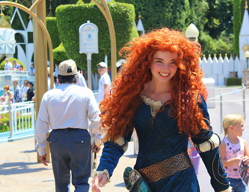 nevermindfan1991:  The Real Merida !  AMAZING. Wish we met her when we were at WDW in May!!