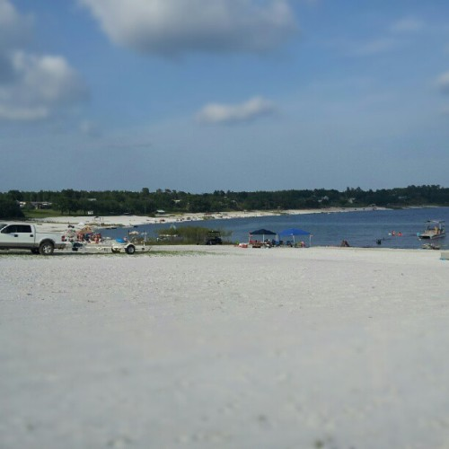 a different angle of the #sandpit #freshwater #family #vacation #florida #nofilter #beach  (Taken with Instagram)