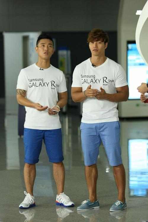 leessanggary:  Kang Gary & Kim Jong Kook cr: Running Man Monday Couple fan page