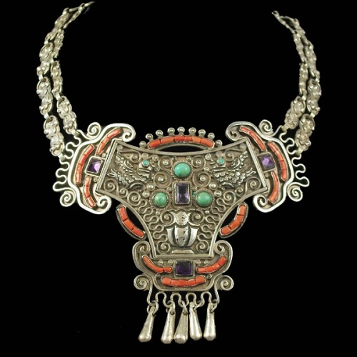 lulufrost:  Antique bib necklace. Mexico, 1940s