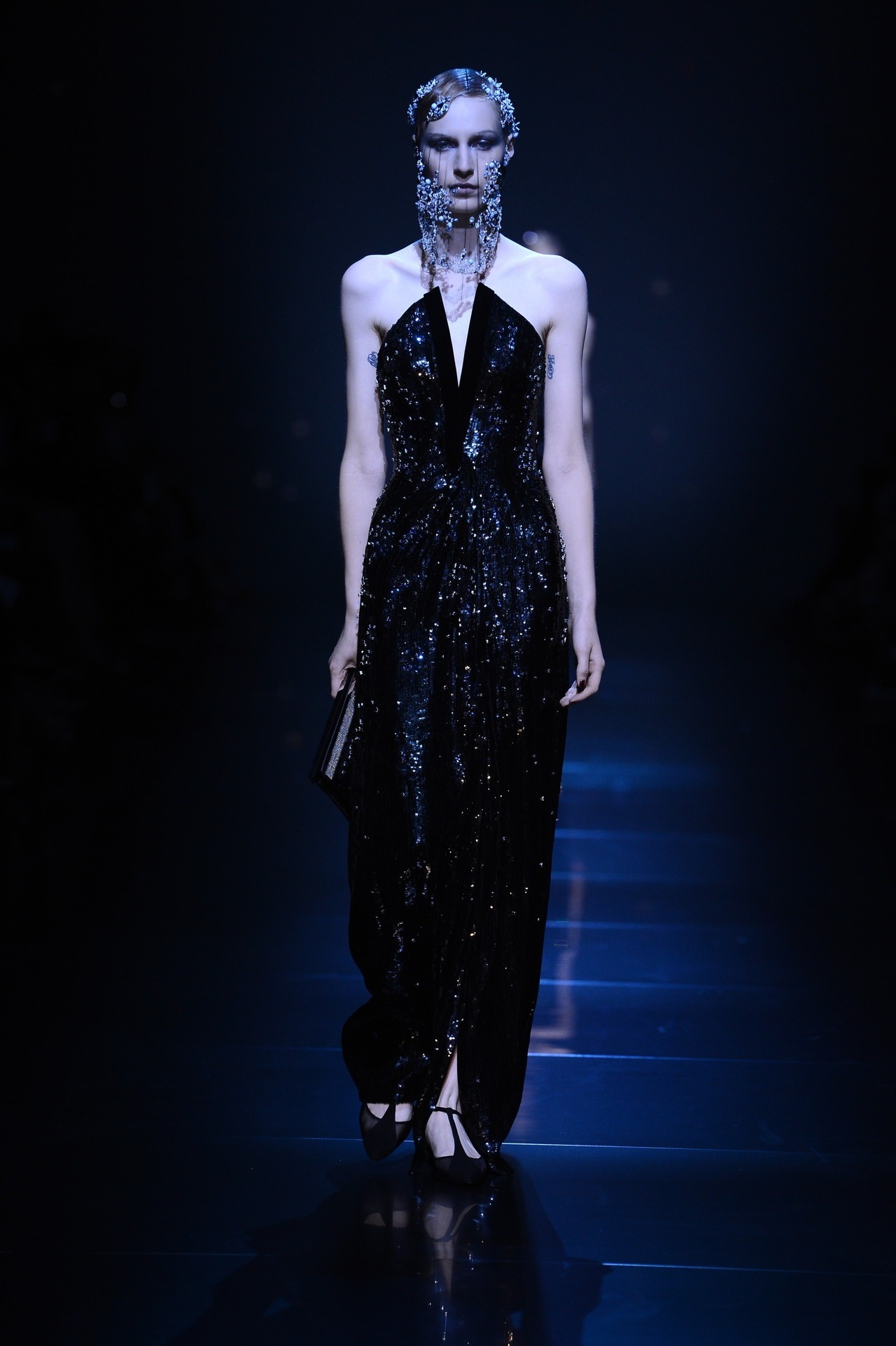 Giorgio Armani Privé - Fall 2012 / Photo Courtesy of Giorgio Armani Click here to see the entire collection!
