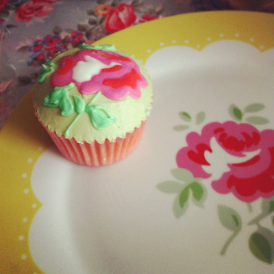 Cath Kidston inspired Cupcake :) by Sweet cupcakes Co. Dublin Ireland on Flickr.