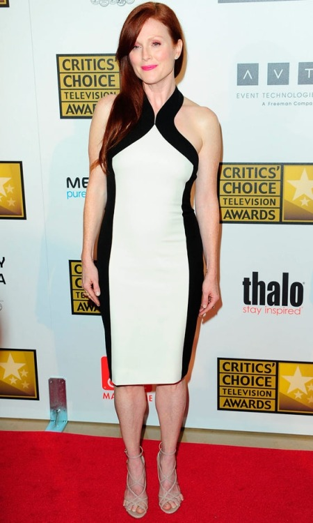 BeLighter Julianne Moore at The Critics' Choice Awards 2012 Wearing: Dress: Jason Wu Resort 2013 Dress; Shoes: Walter Steiger