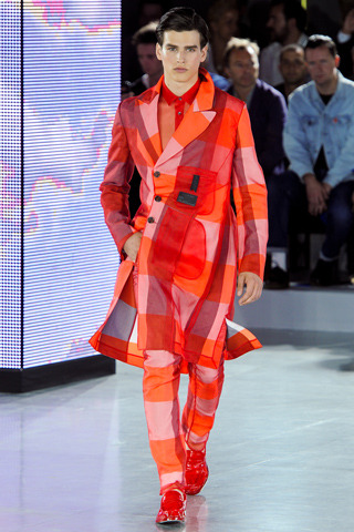 hellotailor:  Spring 2013 Menswear: Carven, Galliano, Demeulemeester, and McQueen.