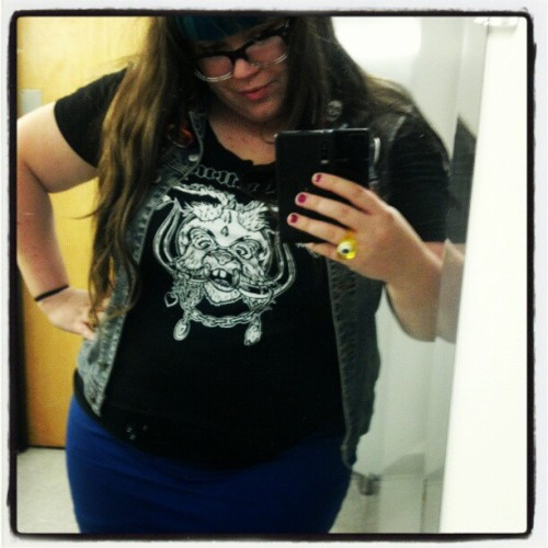 New favorite shirt.  Nobunny- Motorhead With Me #nobunny #motorheadwithme #theshitroompicturetime (Taken with Instagram)