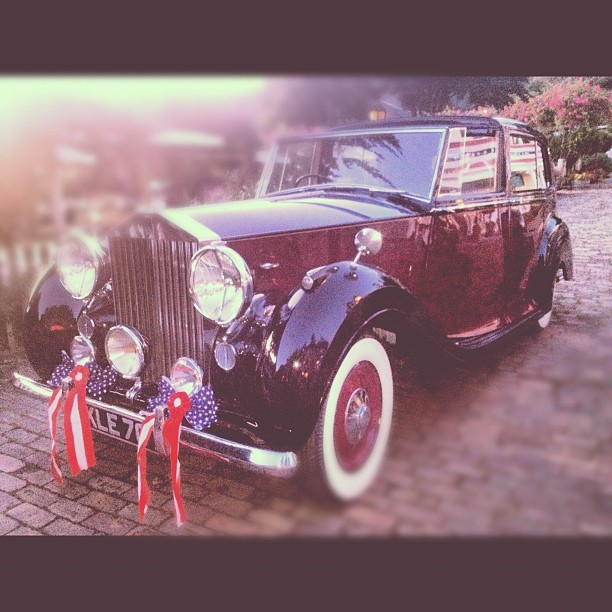 #rollsroyce #car #vintage #classic #rich #ballin  (Taken with Instagram)