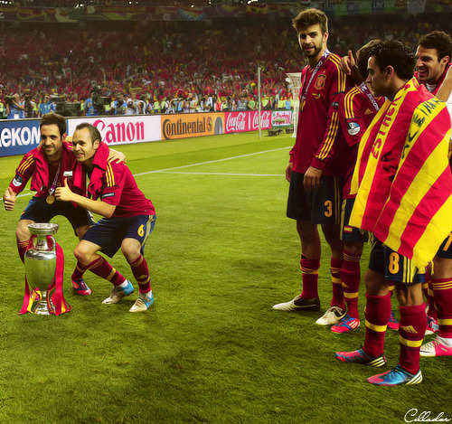 cellador:  —-> Xavi is jealous and Pique knows it…
