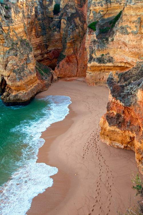 bluepueblo:  Dona Ana Beach, Algarve, Portugal photo via cooked