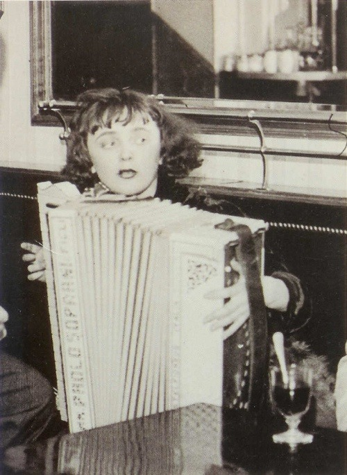 Edith Piaf, 19 years old