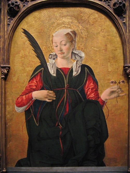 dustoncrowns:  Francesco Del Cossa, St Lucy Yeah, just holdin' an eye flower. S'ok.  Look at her face. I doubt she thinks it's okay at all. I think she is questioning your taste in eye flowers and wondering why you gave her such a clearly inferior specimen.