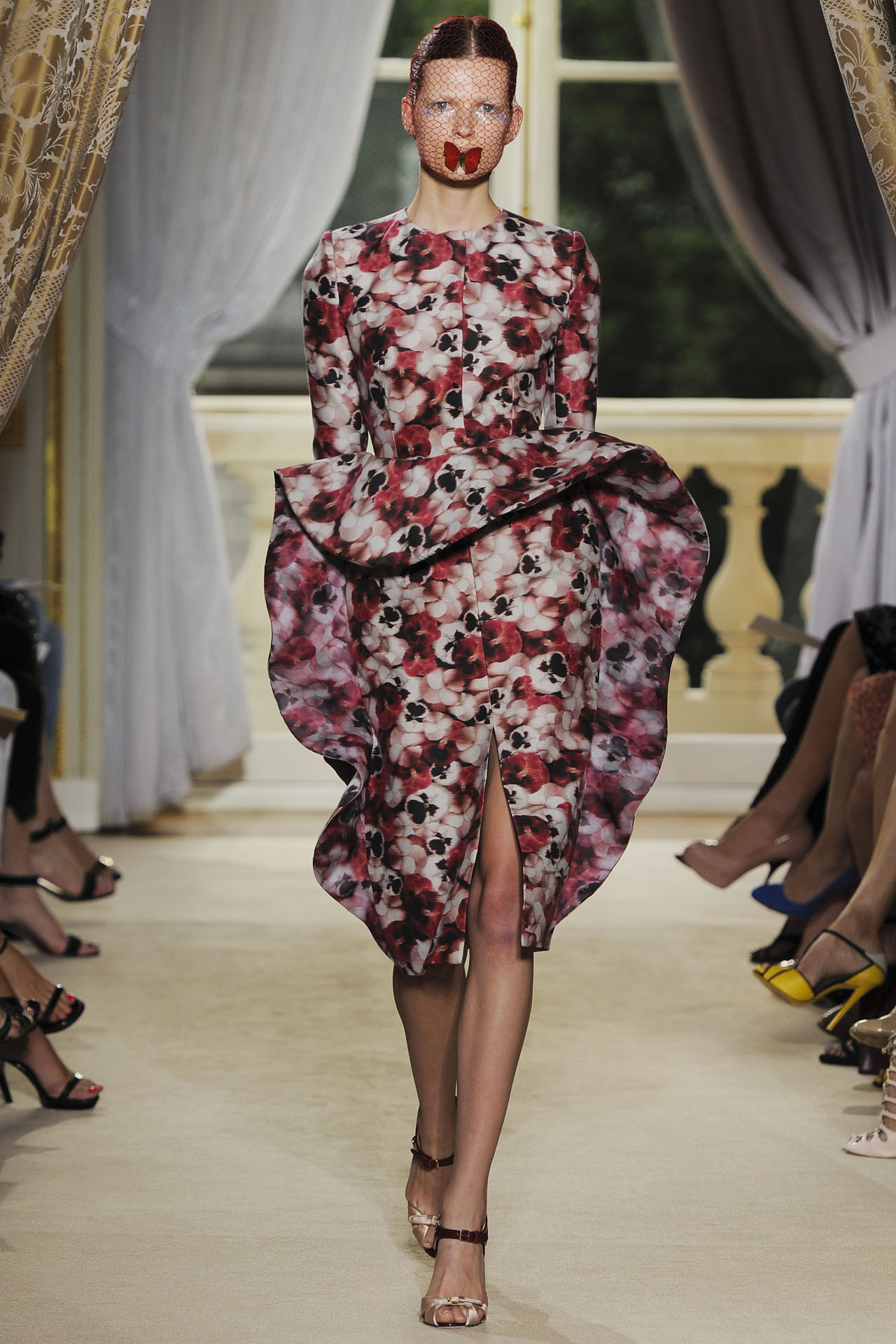 Giambattista Valli Fall 2012 Couture Go to Vogue.com for the full collection and review.