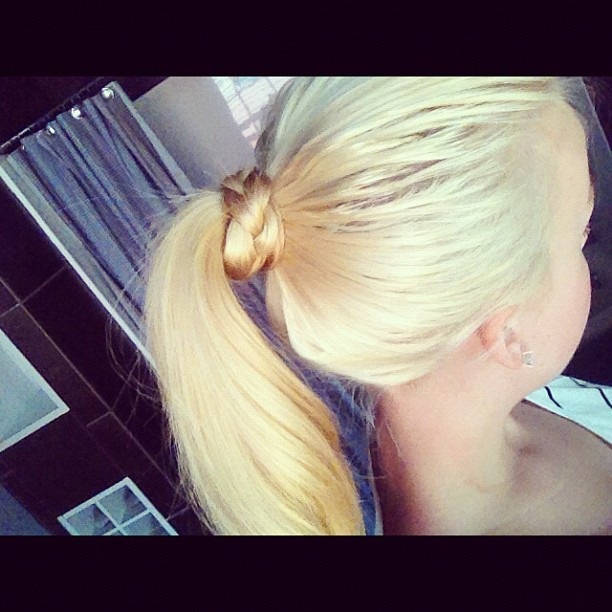 👐 #blonde #pony #hair #hairdo #up #braid #girl  (Taken with Instagram)