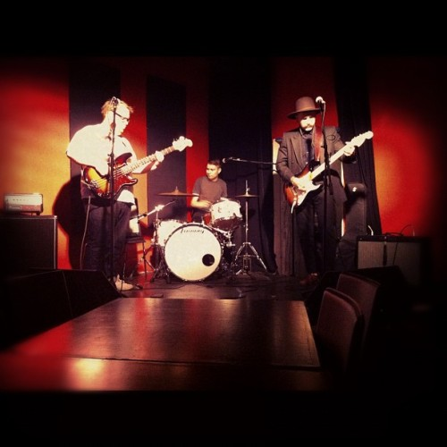 soundcheckiiiinnnn @indiefan @dylanoryan  (Taken with Instagram at The Company House)