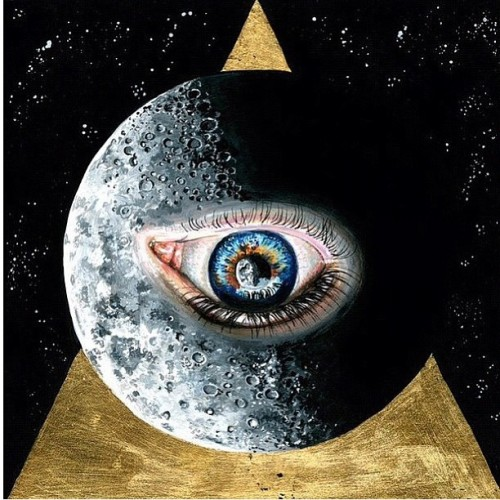 🙌 #triangle #pyramid #eye (Taken with Instagram)