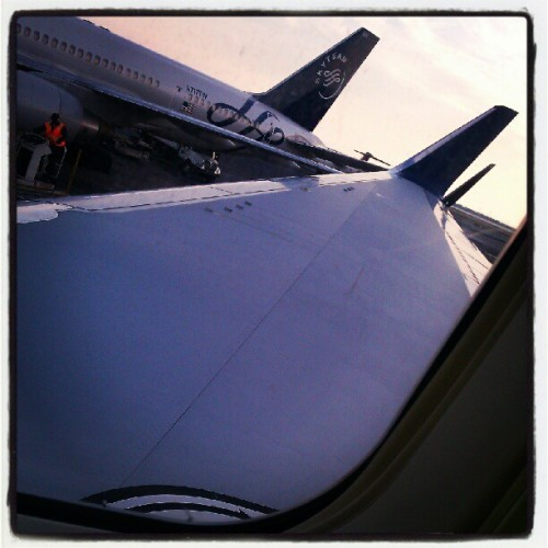 Right at the wing! #delta #eurotrip  (Taken with Instagram)