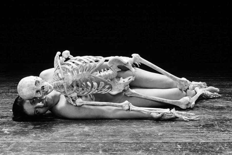 foxesinbreeches:  Nude with skeleton by Marina Abramovic, 2002-05 [crop] (Thanks to fette for the link)