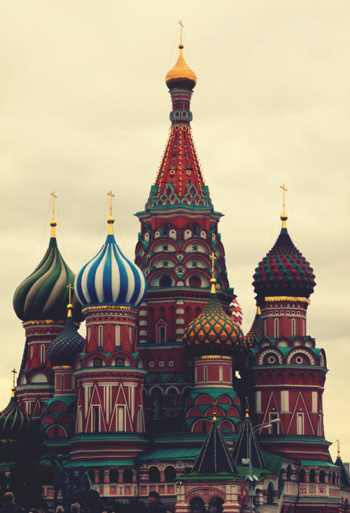 builtenvironment:  A lovely picture of Saint Basil's Cathedral, Moscow
