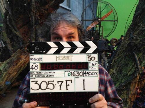"mirkwoods:  hipsterfrodo:  ""We made it! Shoot day 266 and the end of principal photography on The Hobbit. Thanks to our fantastic cast and crew for getting us this far, and to all of you for your support! Next stop, the cutting room. Oh, and Comic Con! Cheers, Peter J ""  that moment when hajar tries to kill me…"