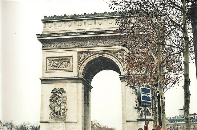 missyourwarmth:  Arc du Triomphe by midnight_boom on Flickr.