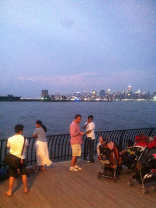 In the big NYC to see my uncle!!!! It's firework time!!!   !!!!! Happy 4th tumblrs!!!!