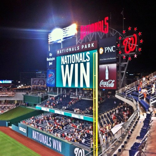 NATS WIN!!! #natspark  (Taken with Instagram at Nationals Stadium)
