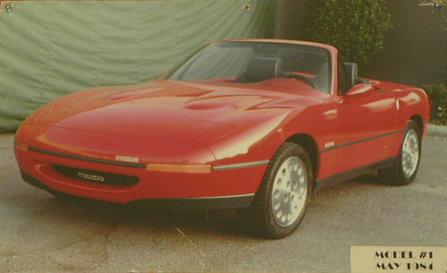 ricky-el-lizard:  Miata Concept Car Before Actual Production   'original' miata?