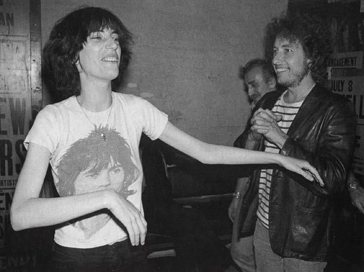 rocknrollwitches:  Patti Smith and Bob Dylan