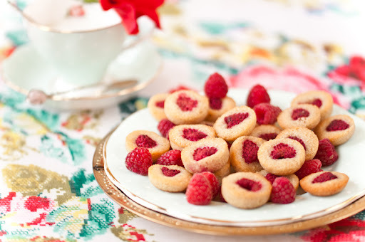 Raspberry Biscuit Drops