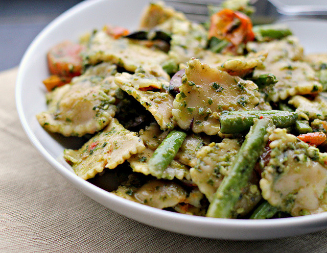 findinghappiness-within:  Pesto Pasta Salad with Roasted Asparagus, String Beans, Cherry Tomatoes, and Olives