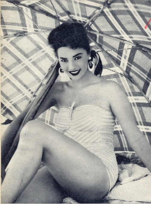 Italian actress Giovanna Ralli, 1955