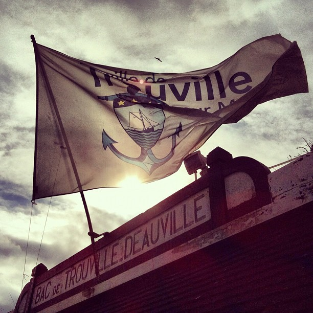 Bac de Trouville Deauville - @jvdt- #webstagram